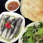 Cá nục hấp cuốn bánh tráng   Món ngon khó quên của người miền Trung